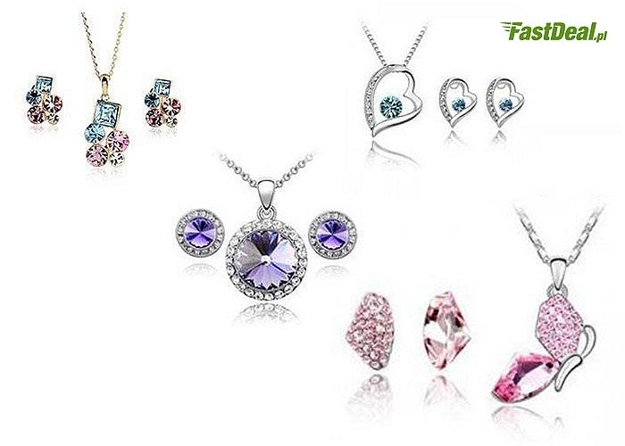 Komplety eleganckiej biżuterii.
