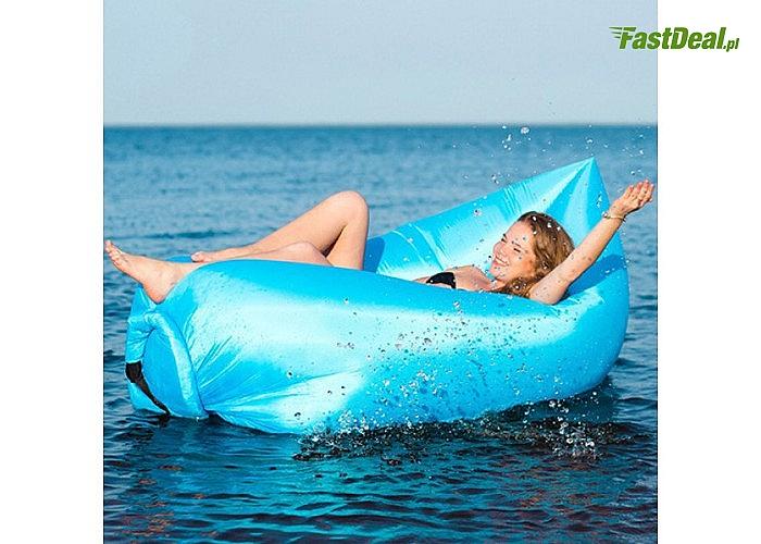 Sofa na powietrze! Idealny gadżet na powietrze! W podróż, do ogrodu, na plażę!