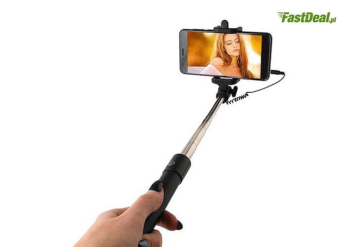 Selfie stick! Kijek do robienia zdjęć z większych odległości.