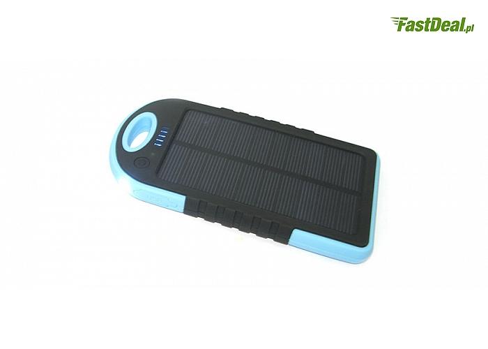 Solarna ładowarka z akumulatorem litowo- jonowym 5000 mAh