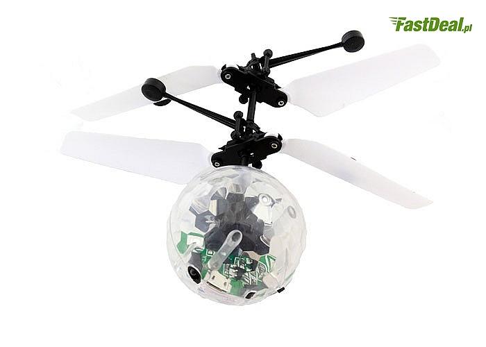 Latająca kula dyskotekowa! Z diodami LED, wyposażona w czujnik wysokości!