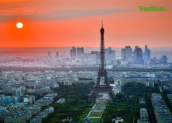 5- dniowa wycieczka do Paryża! W programie zwiedzanie wieży Eiffle'a, Wersalu, Placu Pigalle i Luwru!