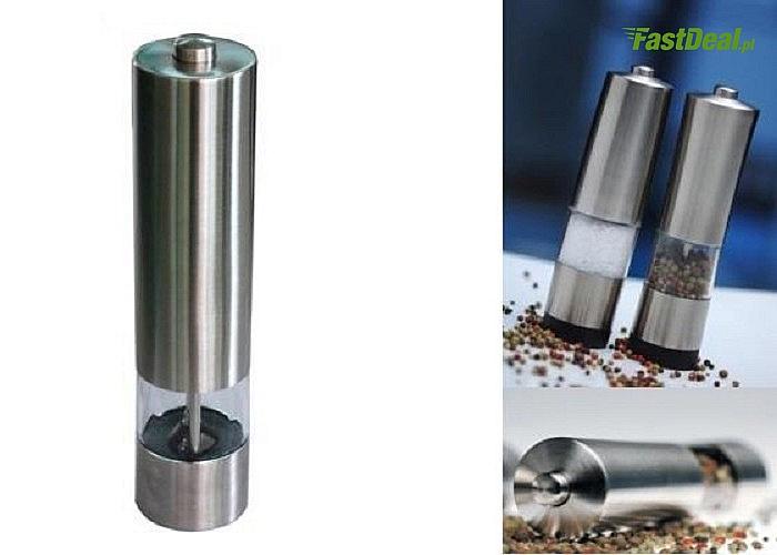 Elektryczny młynek do soli, pieprzu lub innych przypraw ziarnistych z regulacją grubości mielenia!