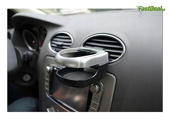 Funkcjonalny uchwyt na kubek do samochodu to rozwiązanie, które zapewni Ci możliwość komfortowego przewożenia napojów