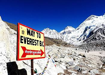 Nepal w cieniu Everestu