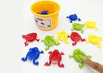 Skaczące żabki! Gra sprawnościowa dla małych i dużych!!