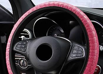 Osłona na kierownicę samochodową