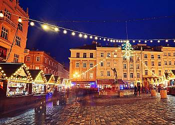 Świąteczny jarmark we Lwowie